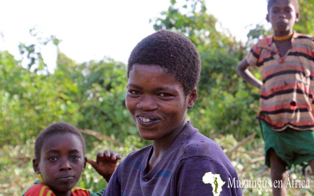 Mujer de la tribu Dizi (Etiopía)