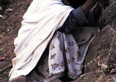 Mujer orando | Lalibela, Etiopía (29 de octubre de 2017) | © Loreto Paredes Castro