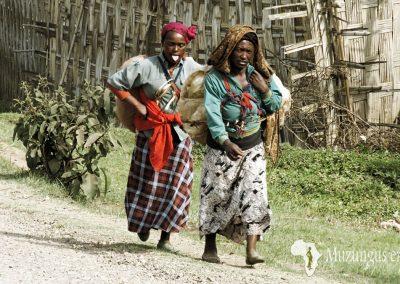 Mujeres de la tribu Dorze. Zona montañosa al noroeste de Arba Minch, Etiopía (13 de junio de 2016) | © Juan Pablo Guevara