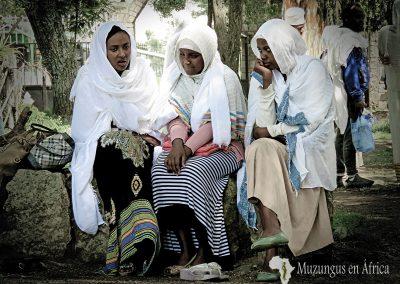 Mujeres en iglesia de Adadi Mariam, Etiopía (26 de junio de 2016) | © Juan Pablo Guevara