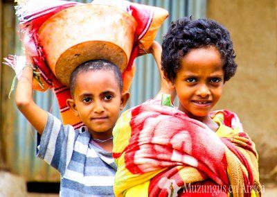 Niños | Norte de Etiopía (22 de octubre de 2017) | © Loreto Paredes Castro